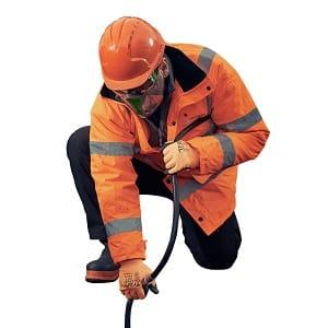 demanda de serviços de desentupimento requerem equiopamentos especiais e pessoal qualificado