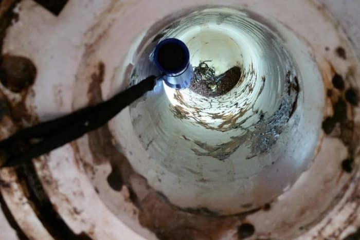 vídeo inspeção de esgoto interior de um cano
